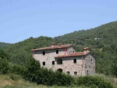 Case Toscane Arezzo : Agenzia immobiliare colline toscane